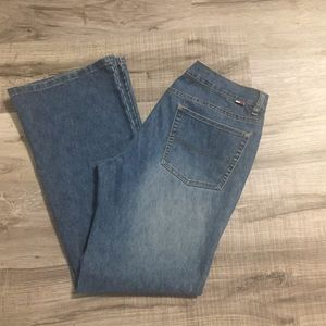 Tommy Hilfiger Mid rise flare jeans. Size 11